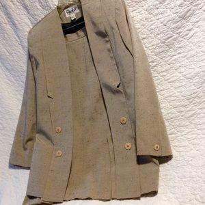 Sherbet women's size 12, skirt & jacket.